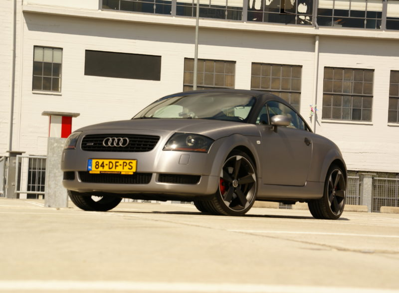 Full Car Wrap Audi TT 1.8T Quattro Coupe Avery Dennison brushed black brushed steal rs velgen