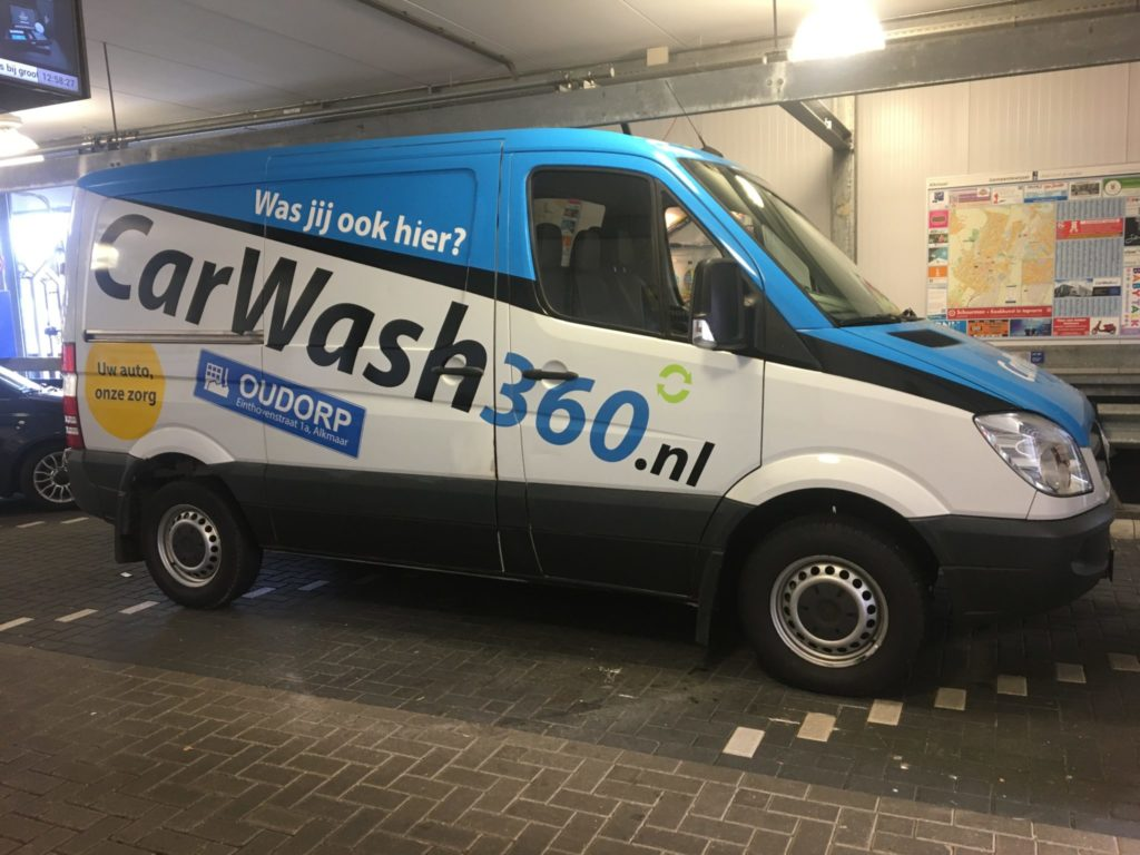 Belettering en car wrap Mercedes-Benz Sprinter CarWash360